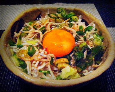 「卵かけご飯風しらす丼」作り方とレシピ